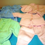 Knit baby clothes (compressed)